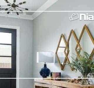 Un vestíbulo en el hogar hermoso y útil